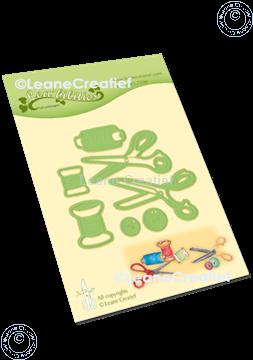 Bild von Lea'bilitie® Nadel, Faden und Schere  Präge- und Schneideschablone